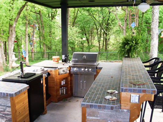 Outdoor Kitchen With Bar And Tile Top